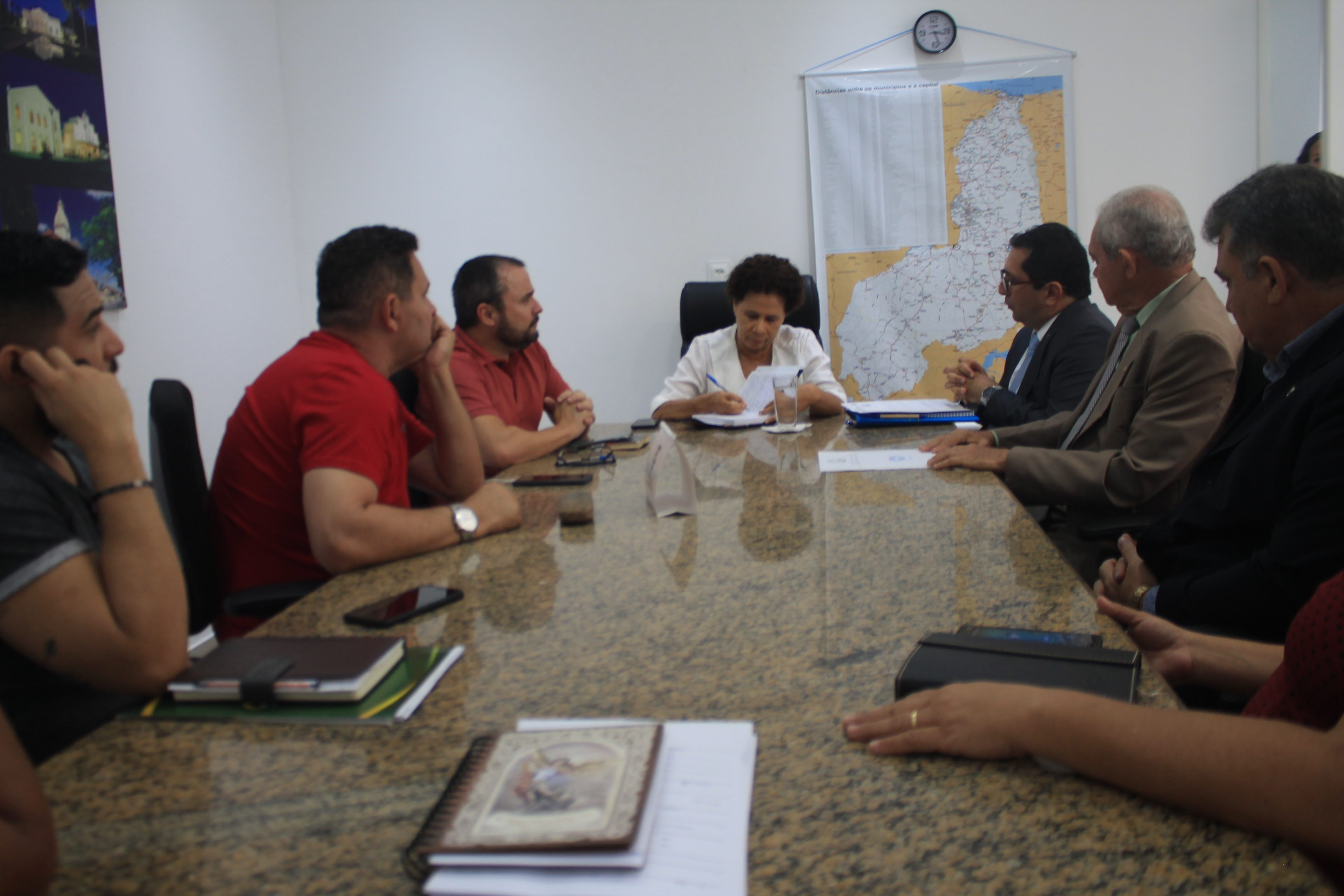 Em reunião com governo, Conselho propõe novas vagas para administradores