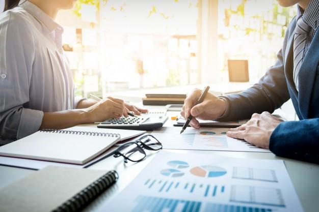 Administradores podem prestar serviços de consultoria para enfrentar crise financeira